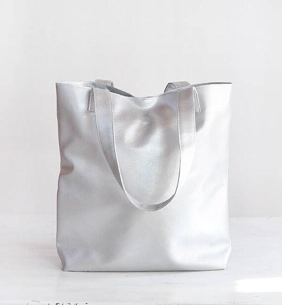 c9681f644cc29b Top Vegan Silver leather tote minimalist bag metallic tote bag AP74