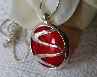 Vintage Silver Tone Round Red Pendant On Silver Tone Snake Chain