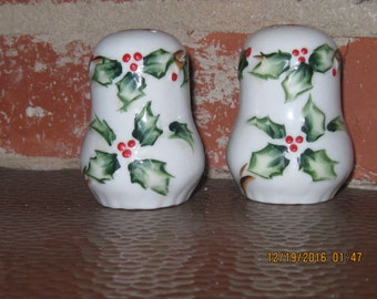A Pair To Remember for the Holiday Collector, Hand Painted Holly leaf Salt and Pepper Shakers!