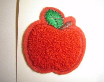 APPLE RED COAT