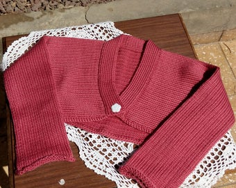 Fuchsia knit cardigan.Girl's short knit cardigan.Longsleeve knit shrug for girl.Fuchsia knit bolero.Knitted shrug for girl.Gift for girl.