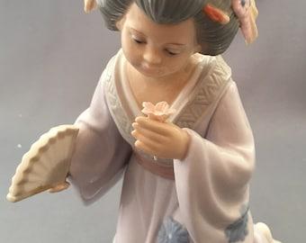 Leonardo Geisha Girl with Flowers Figurine.