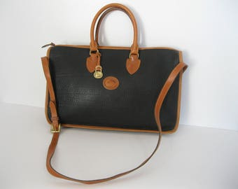 Stunning vintage DOONEY & BOURKE black leather briefcase with strap