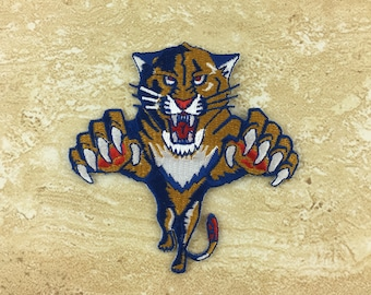 Tiger Attack Iron On Patches 8.5cm X 8.5cm