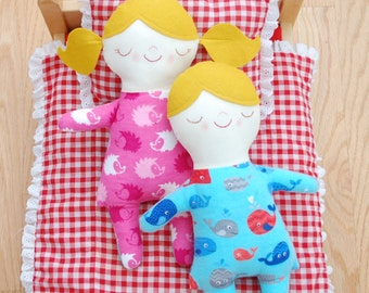 Asleep Awake Doll - Easy to Follow Digital Sewing Pattern with Step-By-Step Photos