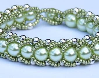 Lime Green Pearl Bracelet, Pearl Bracelet, Green Bracelet, Lime Green Bracelet, Gifts for Her, Mothers Day Gift, Valentines Gift