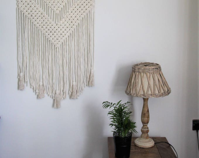 Natural cotton cord wall hanging macrame tassel tapestry wall art rope decoration