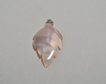 Natural Pink Queen Conch Shell Cabochon Leaf Sterling Silver Pendant
