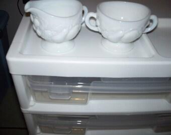 Della Robia milk glass sugar and creamer