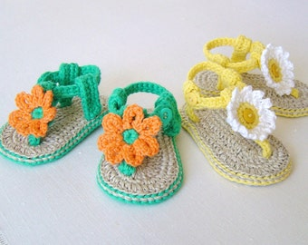 CROCHET PATTERN Baby Sandals with Flowers Easy Baby Booties Pattern 3 Sizes Easy Photo Tutorial Digital File  Instant Download