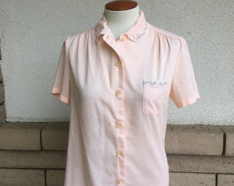 Vintage Peach Embroidered Button Up Blouse Size S-M