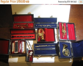 Sale 30% Off 10 Miniature Musical Instruments Some Extremely Rare Probably Sales Men Samples