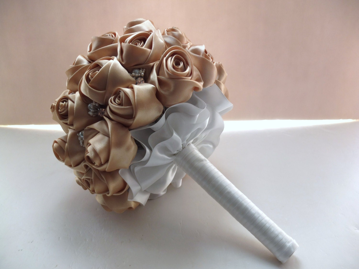 Satin Rose Bouquet Ribbon Rose Bouquet All Gold / Champagne