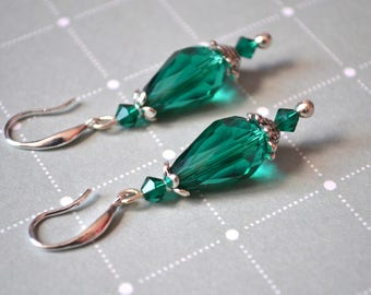 Pearl drop earrings emerald green - 925 sterling silver hook holder - gift - model unique and handmade
