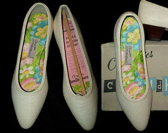 Vintage 60s Creamy White Straw Pumps OOmphies Cloudhoppers 5 M