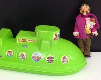 "Remco Captain Crook  (1976) and Captain Crook 's ""Rub-A-Dub Sub"" Happy Meal Container (1983)"