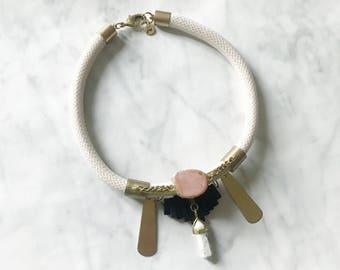 TALISMAN - collier quartz pointe marbre, turquoise, agate - collier corde, laiton - bijoux bohème - collier été - collier hobo - blanc