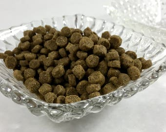Vintage Hobnail Square Glass Pet Food | Water Bowls for Your Pampered Pet SET OF TWO