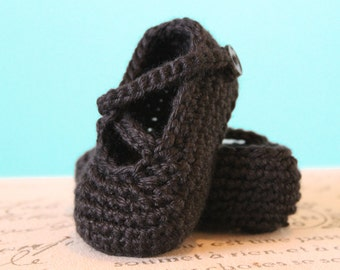 Instant Download - CROCHET PATTERN PDF - Crochet Baby Girl Booties - Chloe Booties