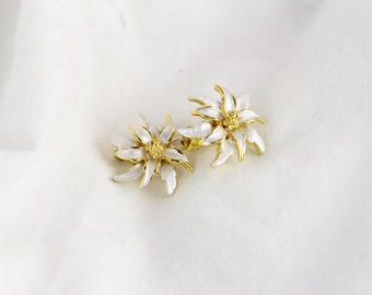 Vintage Flower Gold Accented Clip On Earrings