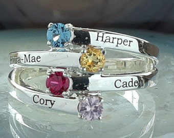 Mother's ring. Birthstone ring. Family jewelry. Engraved ring. Ring with children's names. Personalized mother's ring. Mother's day gift