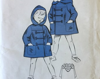 "Sewing Pattern - Boys  Coat Pattern - Age 3-4. years - Chest 25"" - Duffle Coat -  Vintage Sewing Pattern"