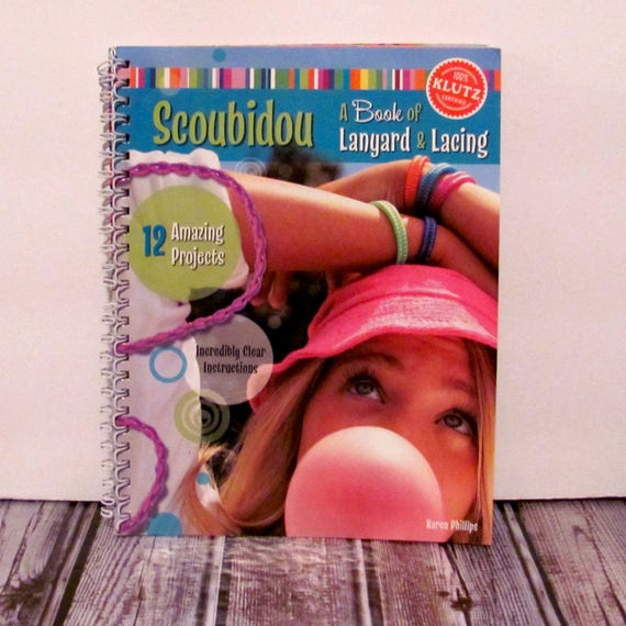 Scoubidou A Book Of Lanyard And Lacing Book