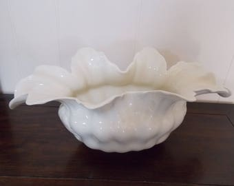 "Lenox vase, ruffled flower leaf design, ivory color, very good cond, 15"" wide, vintage"
