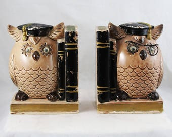 Wise Owl Bookends - 1960s Kitsch Piggy Bank Anthropomorphic Book End - 60s Brown Black Bedroom Decor - Child's Bed Room - Graduation - 48003