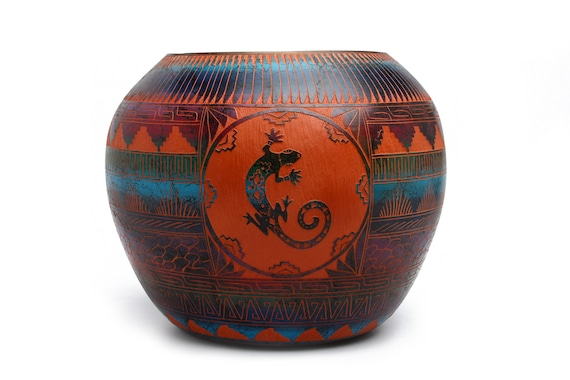 XLg Horse Hair, Hand Painted, and Hand etched Pottery - SEDONA RED CLAY (XLg)