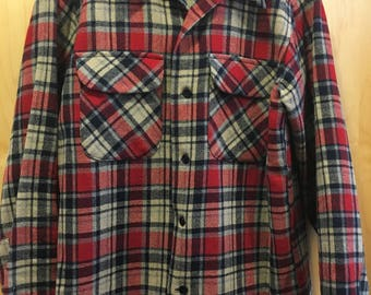 Mens Medium Vintage Pendleton Plaid Shirt