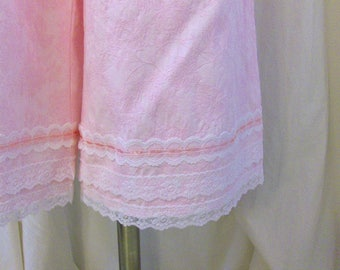 Cotton Bloomers, Pantaloons, Knickers in Light Pink Cotton Brocade with White Laces & Pink Ribbon Trim, Size L