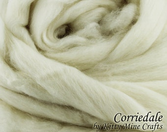 Undyed Corriedale Roving - Ecru, 8 oz - Wool Top - Combed Top - Dyeable