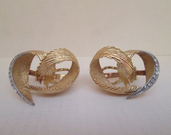 Gold and Diamond Clip On Earrings in 18K Gold