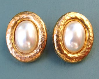 Vintage Faux Pearl Clip On Gold Earrings 1980s Costume Jewelry