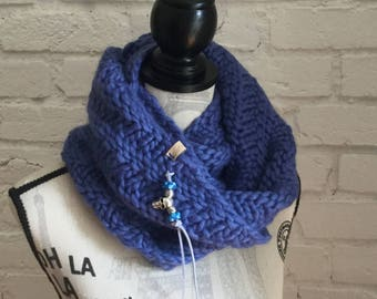 Violet Blue Spiral Peruvian Highland Wool Bulky Cowl