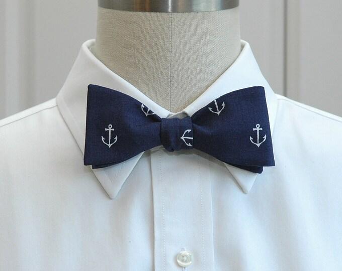 Men's Bow Tie, dark navy blue/white anchors, wedding bow tie, sailor's gift, nautical wedding bow tie, groomsmen gift, ocean lover bow tie