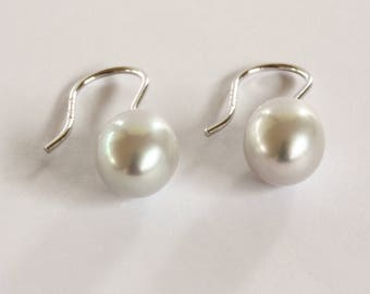 8.5 - 9.0mm Cultured Freshwater Pearl  Drop Earrings in Sterling Silver