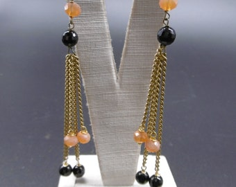 Earrings in crystals and hard stones
