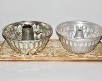 "Aluminum bundt cake pan,set of 2,large,swirl round cake pan,jello mold,custard mold,bakeware,Dr. Oetker,10"" round,fluted,kitchen decor"