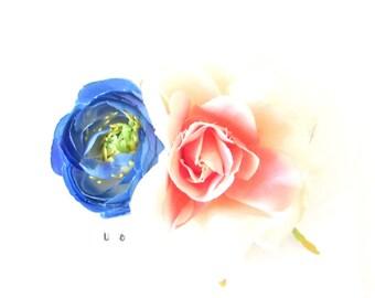 White Pink Blue Camellia Rose Flower Hair Comb Ranunculus Rockabilly 1950s 554