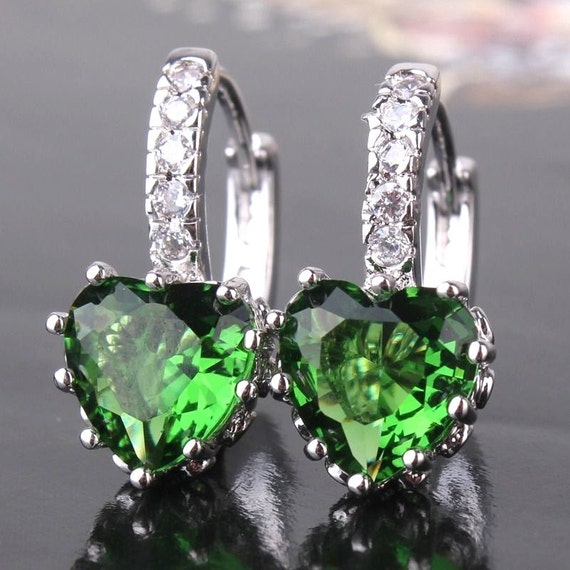 Lovely handmade 18ct white gold plated emerald crystal heart shaped earrings for pierced ears