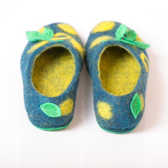 Housewarming for lemon gift gift Flower with fruit Felted women slippers tropical slippers ideas print slippers felt Handmade women girl zwxWHqB5R