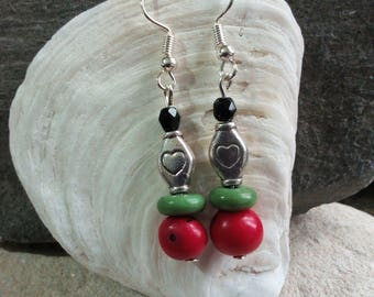 951 - red and green beads earrings.