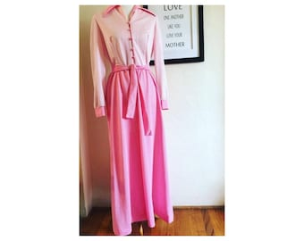 1960's pink polkadot dress by Puritan Forever Young. Vintage size 16.