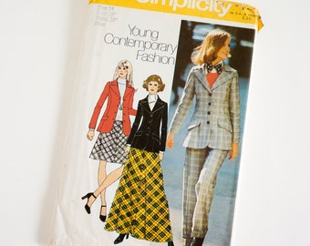 "Vintage 1970s Womens Size 14 Blazer Bias Skirt in Two Lengths Pants Simplicity 5212 Sewing Pattern FACTORY Folds, b36"" w28"""