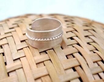 El Sol- Toe Ring.