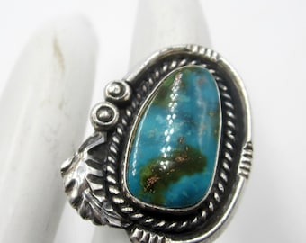 Vintage native American sterling silver turquoise ring Size 6