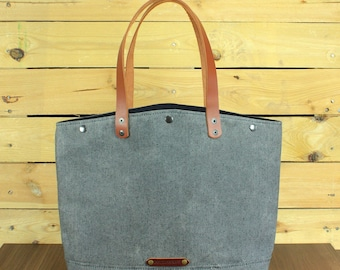 Waxed Canvas tote bag, Travel bag, canvas tote, hand-Waxed bag with beeswax, tote bag with leather, gray tote bag, shopping bag.