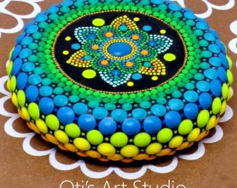 Mandala Stone- SAMSARA TURQUOISE/GREEN-Hand Painted